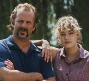 Bruce Willis est un Héro comme dans d'autres, dans ce long-métrage où il aide sa nièce à reprendre pied en 1990.