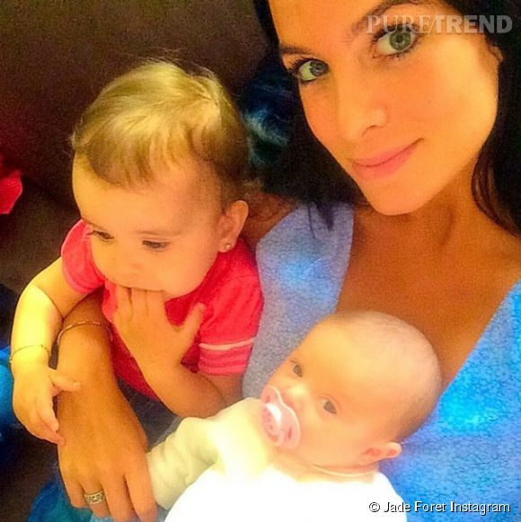 Jade Foret avec Liva et Milasur Instagram le 4 mai 2014.