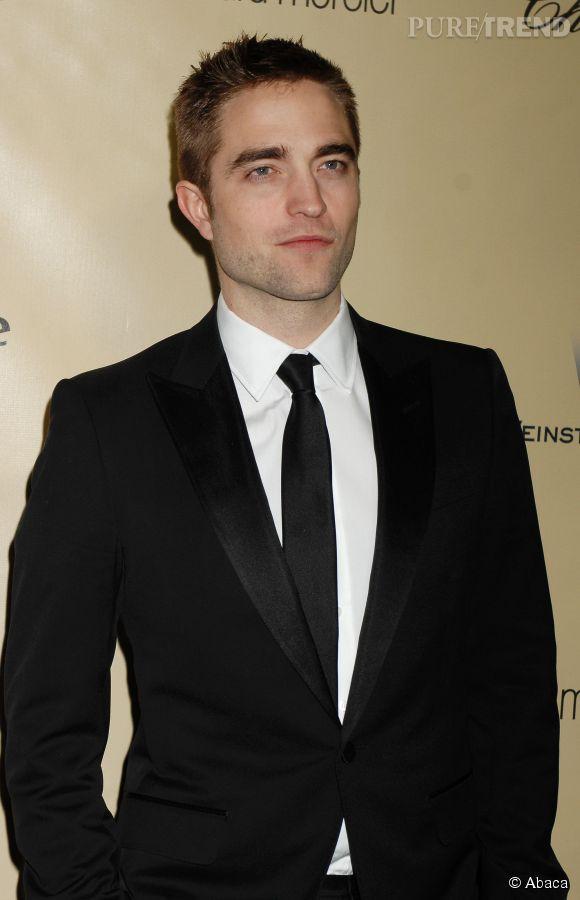 """Robert Pattinson sera au Festival de Cannes 2014 pour présenter deux films : """"The Rover"""" et """"Maps to the stars""""."""