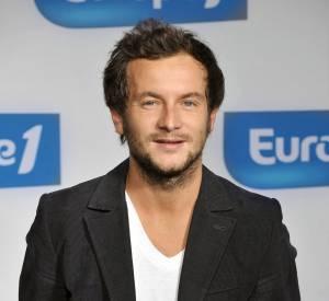 """Jérémy Michalak officie pour l'instant dans l'émission d'Anne-Sophie Lapix, """"C à Vous""""."""