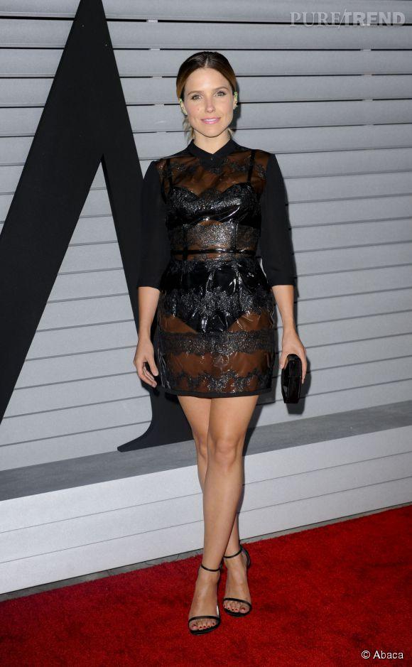 Sophia Bush arrive à la soirée Maxim Hot 100 dans une robe en plastique noire, mardi 10 juin 2014.