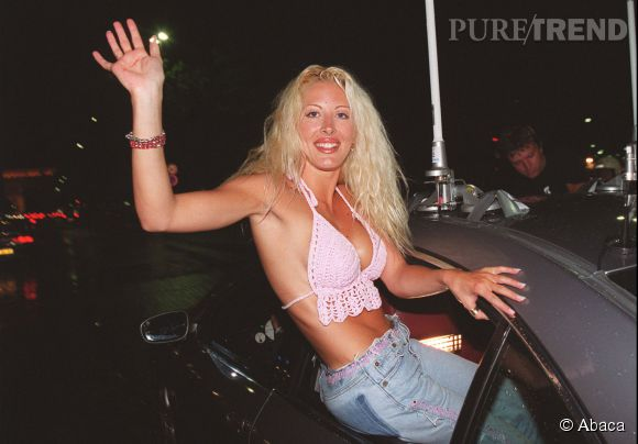 """Loana, gagnante de la première émission de télé-réalité en France en 2001 avec """"Loft Story""""."""
