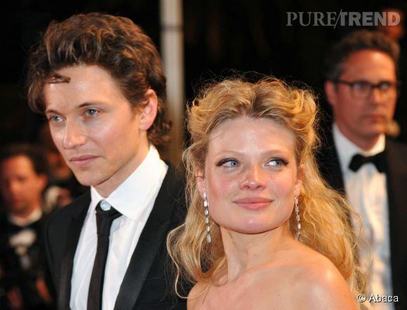 """Mélanie Thierry et Raphaël à la projection du film """"La princesse de Montpensier"""" lors du Festival de Cannes 2010."""