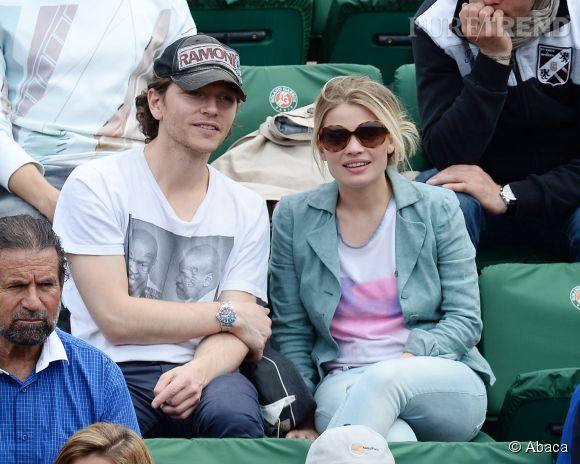 Mélanie Thierry et Raphaël à Roland Garros en juin 2014.