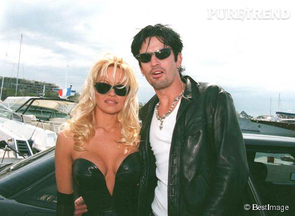 Pamela Anderson, très classe au bras de Tommy Lee au Festival de Cannes 1995.