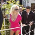 Pamela Anderson aime les tenues tout sauf couvrantes, notamment quand elle se rend à Cannes, comme ici en 2007.