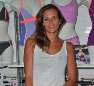 Laure Manaudou : plagiste sexy et bronzée pour présenter ses maillots de bain