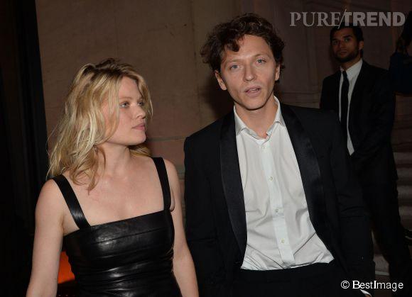 """Mélanie Thierry et Raphaël au Gala de la """"Vogue Paris Foundation"""" à Paris le 9 juillet 2014.."""