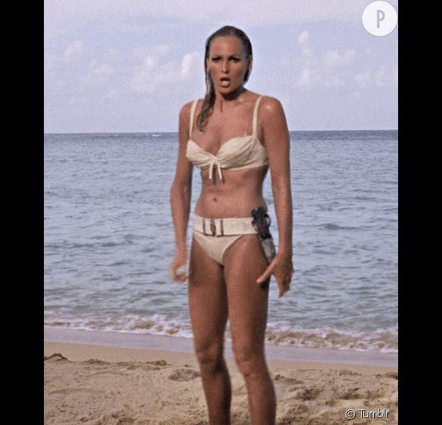 Ursula Andress, femme fatale des années 60' et meurtrière en bikini.