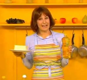 Valérie Lemercier cuisine à l'huile.
