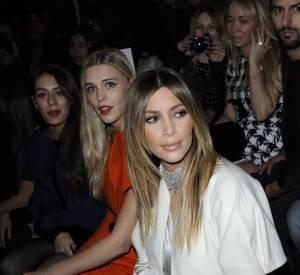 Sofia Essaïdi en front row avec Kim Kardashian, incroyable mais vrai en 2014 chez Stéphane Rolland.