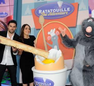 Sofia Essaïdi s'éclate à Disneyland.