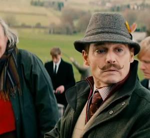 """Johnny Depp dans la comédie """"Mortdecai"""", en salles le 18 février 2015."""