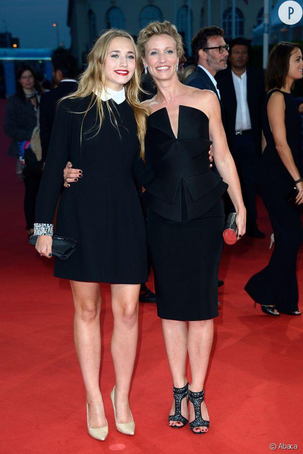 """Chloé Jouannet et Alexandra Lamy lors de la première du film """"Les recettes du bonheur"""" au Festival du Film Américain de Deauville le 7 septembre 2014."""