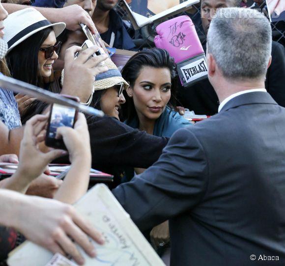 Kim Kardashian est toujours à l'écoute de ses fans. Sauf quand la photo ne lui plait pas.
