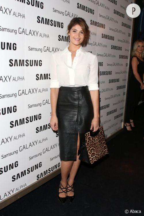 Gemma Arterton magnifique dans une soirée à Londres.