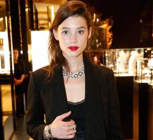 Astrid Bergès-Frisbey, une bouche rouge et glamour, à tomber !