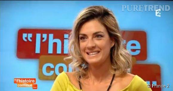 """Eve Angeli, elle parle de sa première fois avec l'amour de sa vie lors de l'émission de Sophie Davant, """"L'histoire continue"""", sur France 2."""