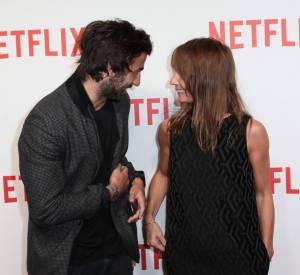 Complicité et rigolade sur le red carpet Netflix pour Axelle Laffont et Cyril Paglino. On ne dirait pas que 16 ans les séparent !