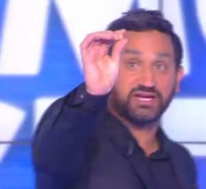 Cyril Hanouna perd une dent en direct.