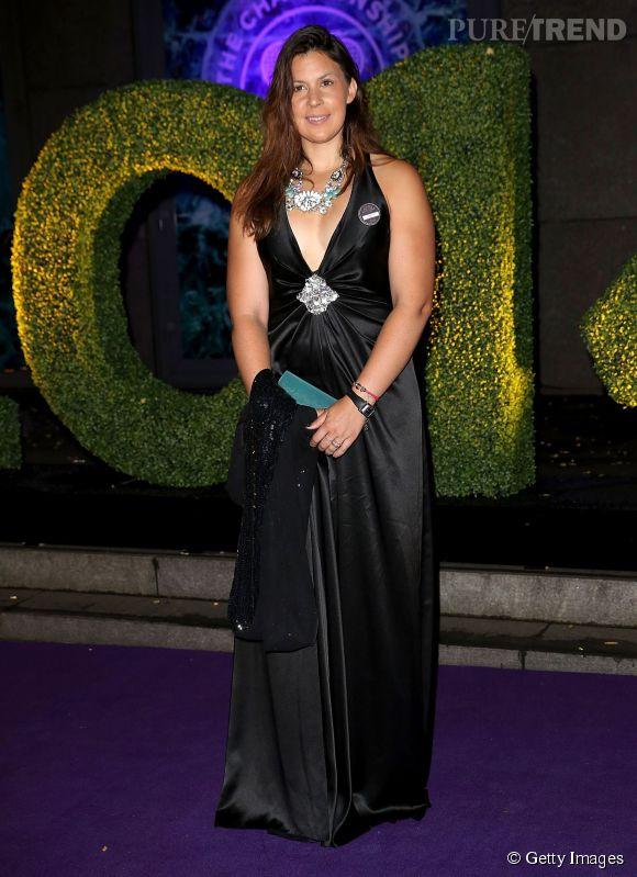Marion Bartoli ose le décolleté pour le Wimbledon Champions Dinner 2014.