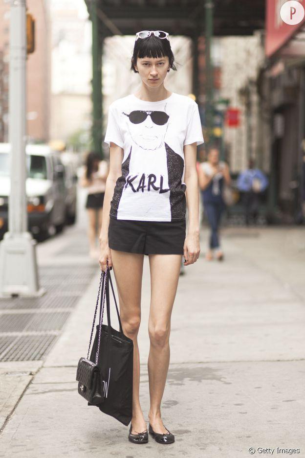 Karl Lagerfeld pour H&M en 2004, le tout premier créateur à participer au projet de collaboration de l'enseigne suédoise.