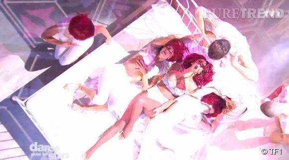 Shy'm, toujours plus provocatrice, interprète une chorégraphie sexy en sous-vêtements sur le plateau de  TF1 .