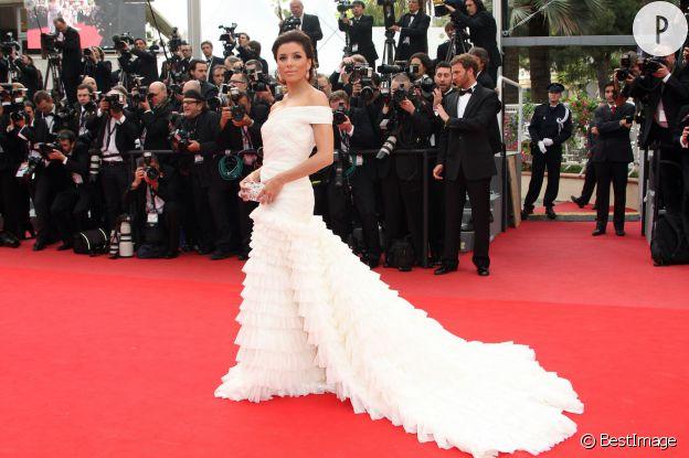 Eva Longoria dans une somptueuse rorbe Pucci lors du Festival de Cannes 2010.