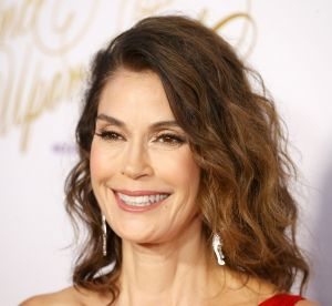 Teri Hatcher : l'évolution de son visage (tiré) en 20 photos