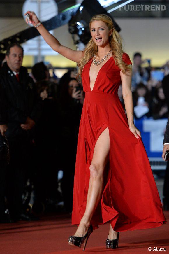 Paris Hilton, sous ses airs de bimbo, sait exactement comment faire grossir sa fortune.