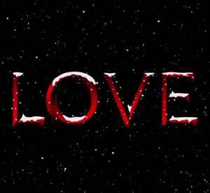 Emily Ratajkowski et Pamela Anderson : le calendrier super hot de Love Magazine