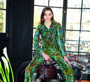 Campagne Printemps-Été 2015 Louis Vuitton signée à gauche par Annie Leibovitz et à droite par Juergen Teller.