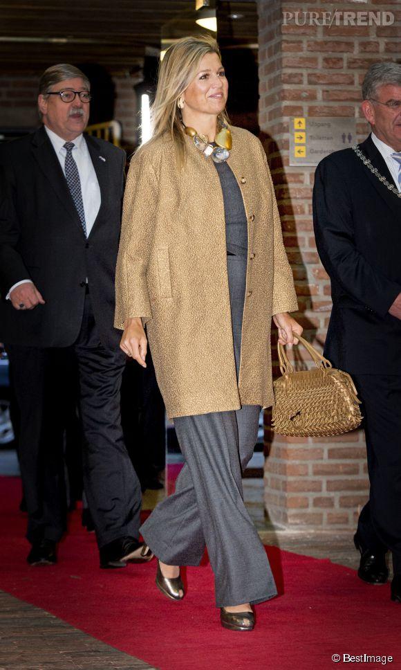 La reine Maxima des Pays Bas en visite dans un centre d'apprentissage de la parole à Utrecht le 15 janvier 2015.