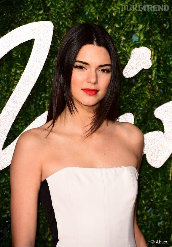 """Kendall Jenner, élue """"femme la plus cool de l'année"""" selon GQ UK."""