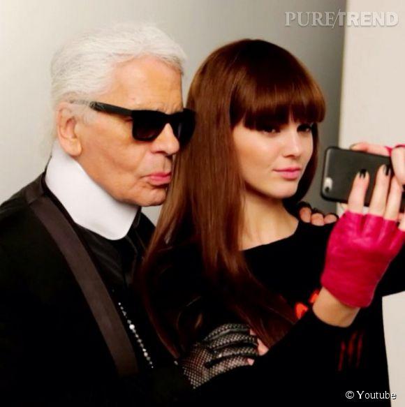 Kendall Jenner et Karl Lagerfeld, très complices lors de la dernière campagne de Karl Lagerfeld pour le Printemps-Été 2015.