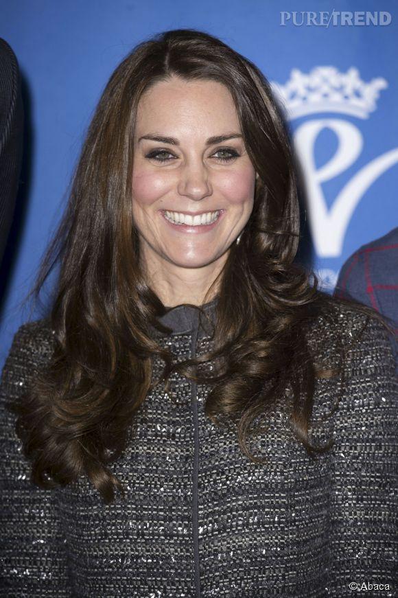 Kate Middleton : une source à Buckingham Palace soutient qu'elle attendrait une fille.