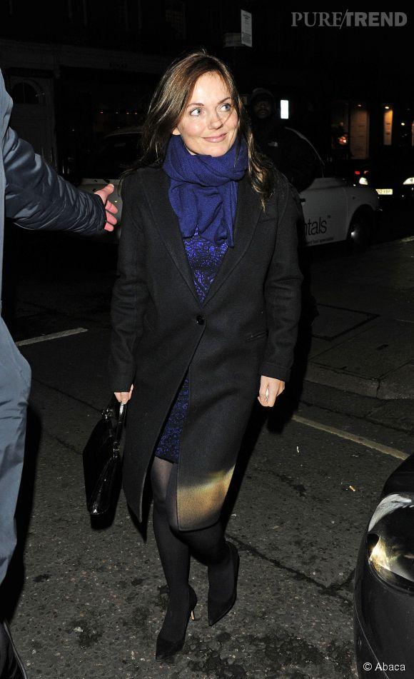 Geri Halliwell est devenue brune. On lui en veux d'avoir quitté les Spice Girls ET d'avoir fait disparaitre Ginger Spice.
