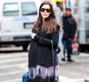 Liv Tyler dans les rues de New York, peu de temps avant d'accoucher.