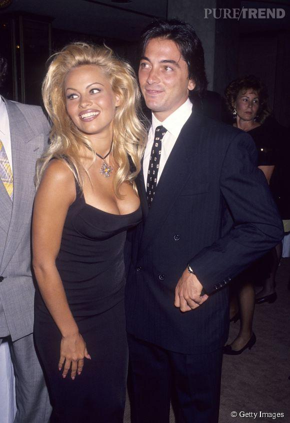 Pamela Anderson et Scott Baio ont eu une relation de 1990 à 1993.
