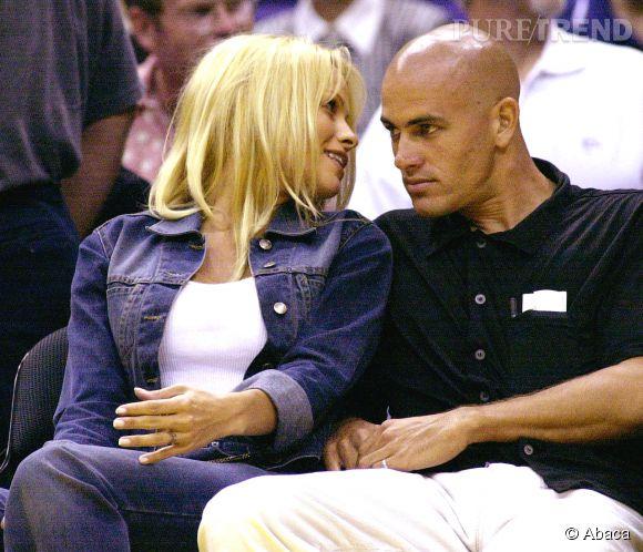 Pamela Anderson et Kelly Slater ont été ensemble de 1998 à 2000.