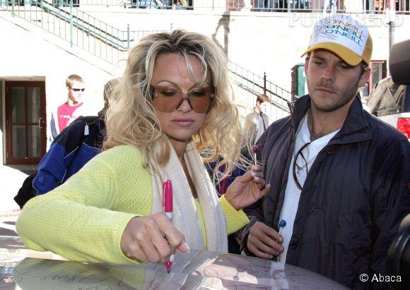 Pamela Anderson et Stephen Dorff se sont fréquentés de 2004 à 2005.