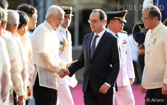 François Hollande est le premier président français à se rendre en visite officielle aux Philippines.
