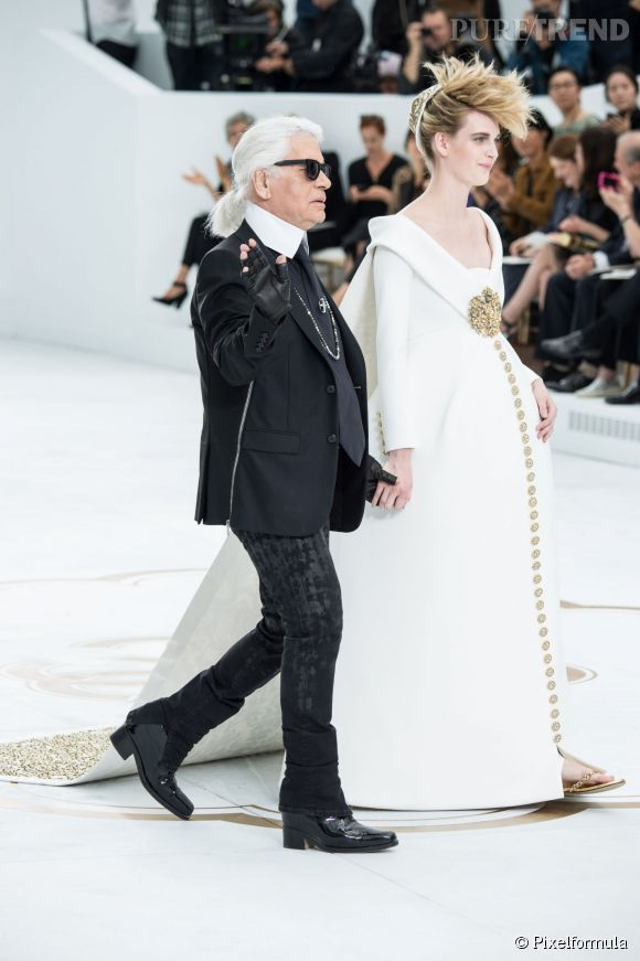 Karl Lagerfeld et sa mariée enceinte chez Chanel.