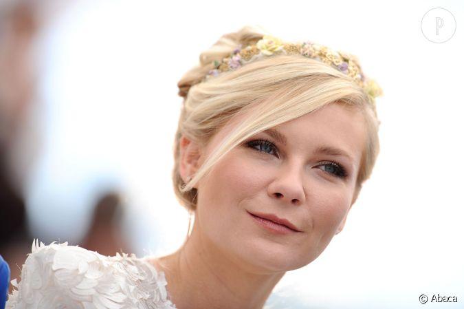 Invit un mariage et besoin d 39 une id e c t coiffure copiez le chignon romantique de kirsten - Coiffure mariage invitee ...