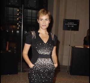 """Judith Godrèche séduit en robe à strassMaxime Simoens également vu sur Blair Waldorf alias Leighton Meester dans """"Gossip Girl""""."""