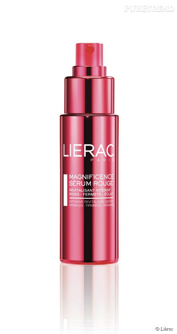 Le sérum aide la peau à conserver sa fermeté et son éclat.