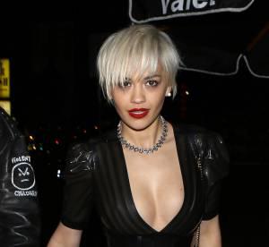 Rita Ora : ultra hot et moulée dans une microscopique robe en latex