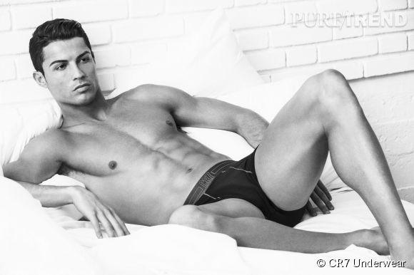 Cristiano Ronaldo a dévoilé la nouvelle collection de CR7 Underwear.
