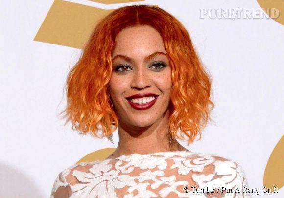 Beyoncé, dont la chanson a inspiré le nom du Tumblr, est très sexy toute en rousse.