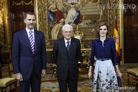 Letizia d'Espagne a opté pour un look fleuri lors de son déjeuner avec le président italien.